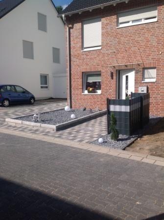 Garageneinfahrt asphalt  Ihr Gartenbauer aus Recklinghausen - Pflasterarbeiten
